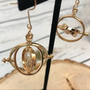 Jewelry - Harry Potter Gold Hourglass Time Turner Earrings